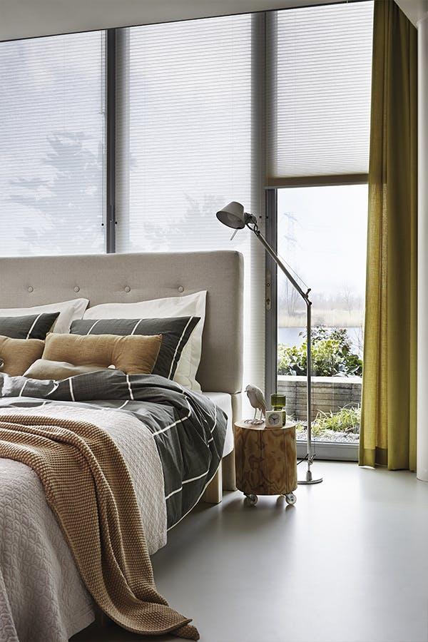duette shades luxaflex slaapkamer