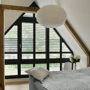 raamdecoratie schuin raam